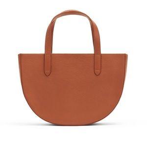 NWT Cuyana Leather Semi Circle Bag in Caramel